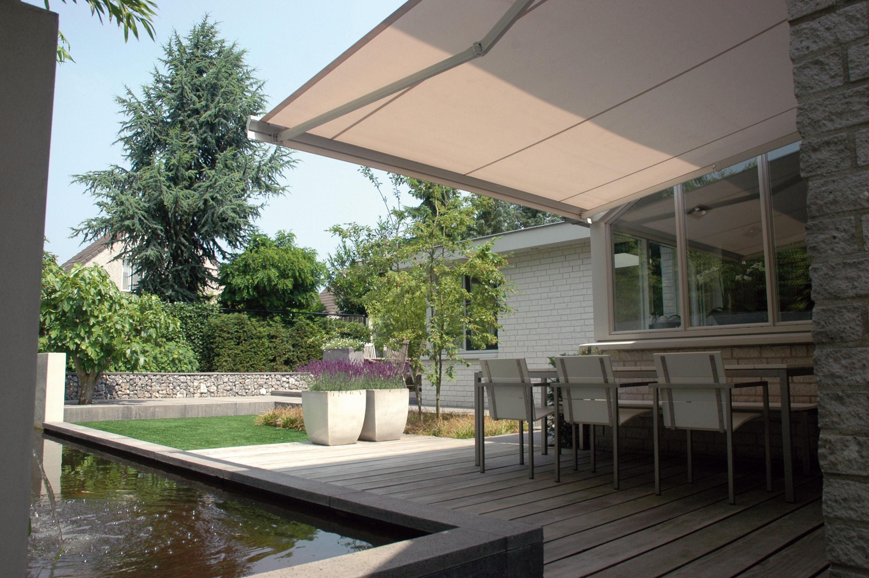 Knikarmscherm zonnescherm aanbieding - Gordijnen voor overdekt terras ...